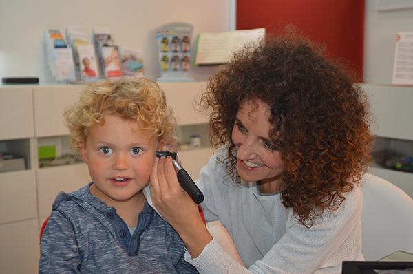 Herstellung eines individuellen Gehörschutzes – Schritt 3, Hörtechnik Fritz