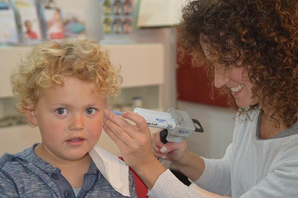 Herstellung eines individuellen Gehörschutzes – Schritt 4, Hörtechnik Fritz
